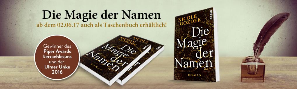 """Banner: stehende und liegende Taschenbücher von """"Die Magie der Namen"""" mit Infos"""
